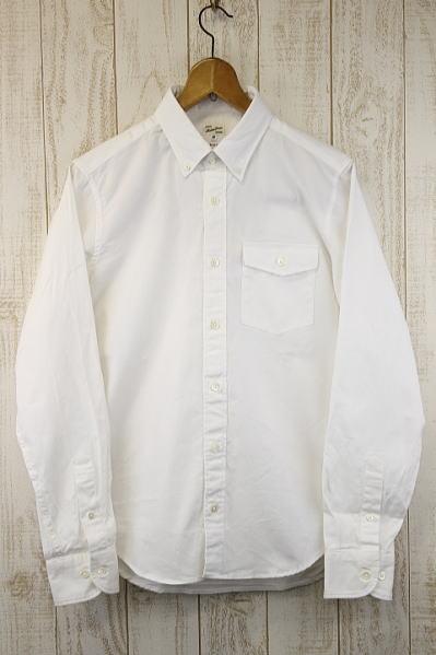 マクバトロスの白シャツ